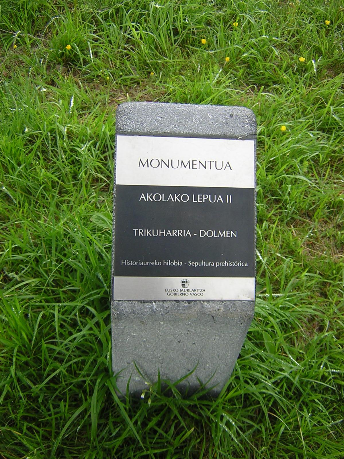 Dolmen Akolako lepua 2 Trikuharria