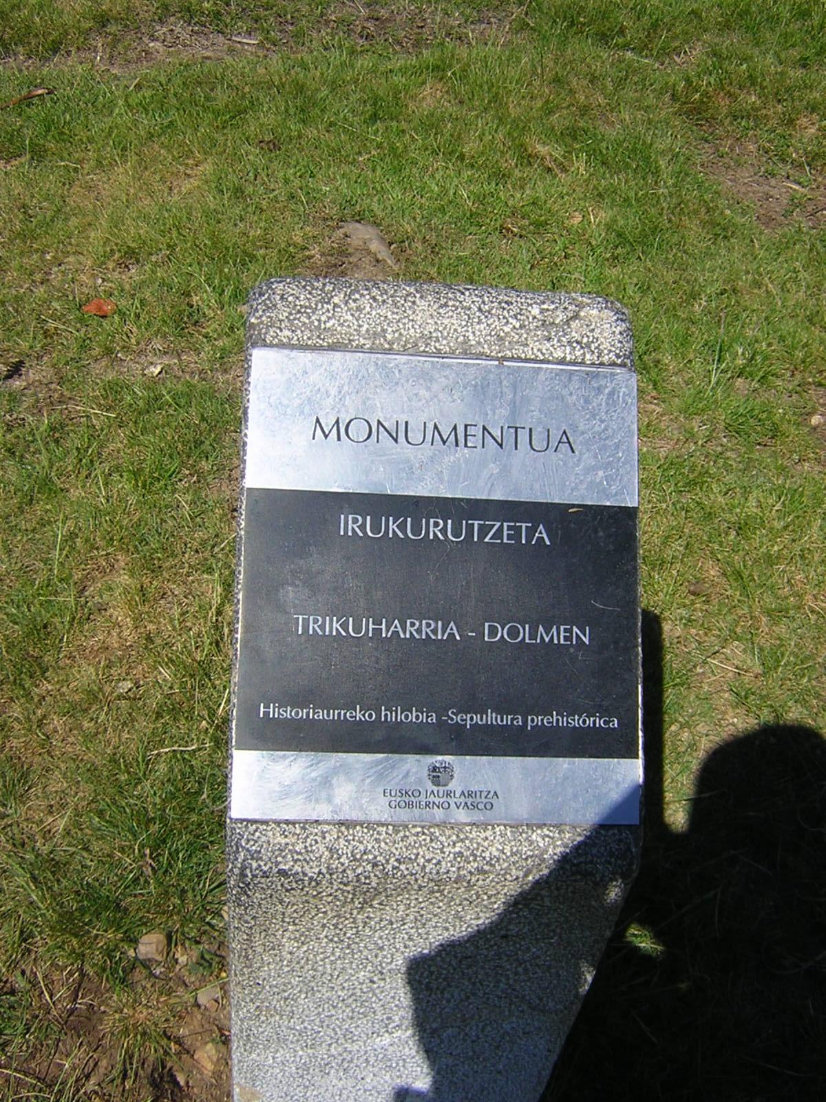 Dolmen Irukurutzeta Trikuharria