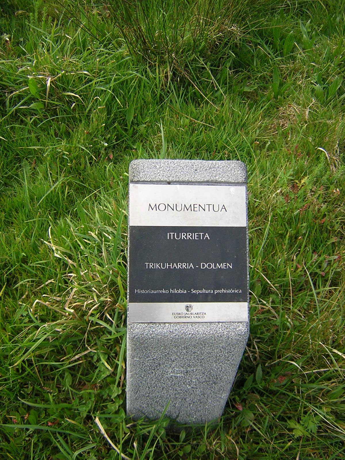 Dolmen Iturrieta Trikuharria
