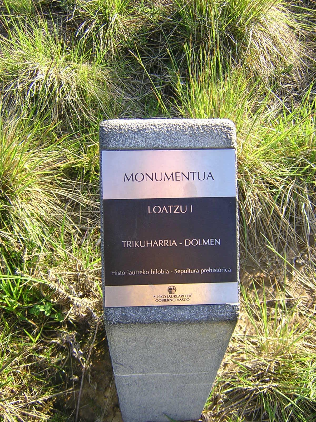 Dolmen Loatzu 1 Trikuharria